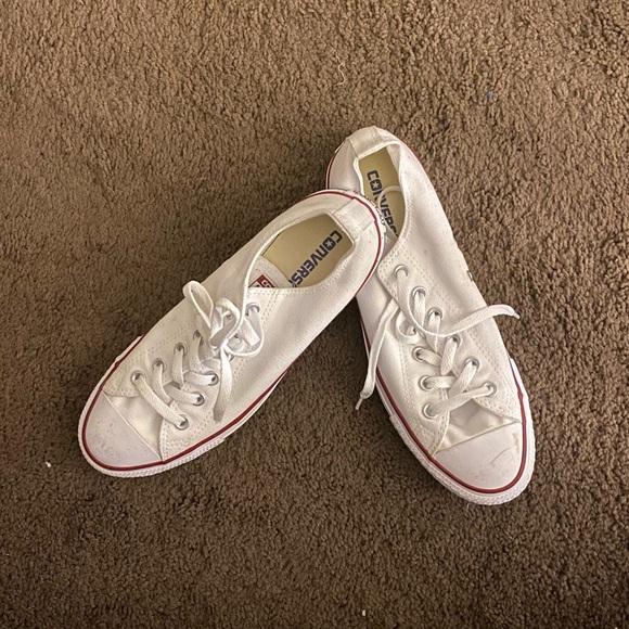 White Converse Chuck Taylor All Star